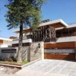LUXURY HOUSE FOR SALE IN F-7 ISLAMABAD
