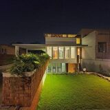 2 Kanal Luxury House for Sale in F-7/4 Islamabad