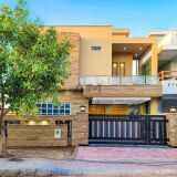 Beautiful Designer 10 Marla House for Sale in Bahria Town Phase 7 Lahore