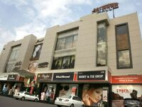 Al Noor Shopping Mall for Sale in Gulberg Lahore