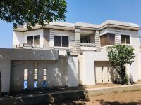 44 Marla Corner  Main Boulevard Basement Slidly Used Semi Furnished House 𝐢𝐧 Bahria Town Lahore 𝐅𝐨𝐫 Sale
