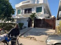 HOUSE FOR SALE IN F-11/3 ISLAMABAD