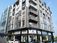 1 Kanal 2 Marla Commercial Plaza 7 Floor for Sale