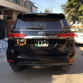 TOYOTA FORTUNER 2.8 2018 FOR SALE