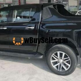 TOYOTA HILUX REVO V 2.8 FOR SALE