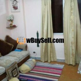 02 BED DRAWING AND LOUNGE AVAILABLE FOR SALE