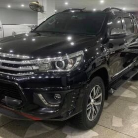 Toyota REVO 2018 for Sale