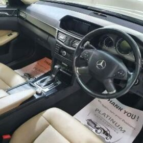 Mercedes Benz E250 2010 for SALE