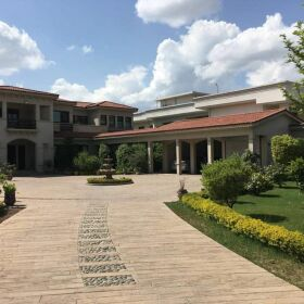 9 Kanals Lakefront Luxury House for Sale in Islamabad