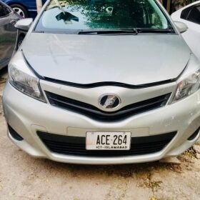 Toyota Vitz 2013 for SALE
