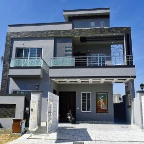 10 Marla Brand New House for SALE in TIP Society Lahore