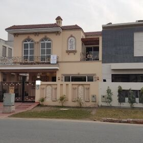10 Marla Designer Bungalow for SALE in Phase 5 DHA Lahore