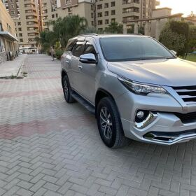 Toyota Fortuner 2017 for SALE