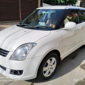 Suzuki Swift DLX 2019 for Sale