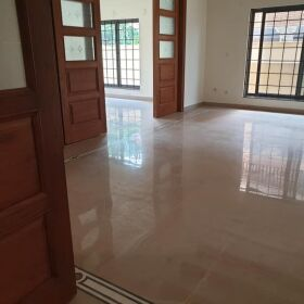 2 Kanal House for Rent in F-10 Islamabad