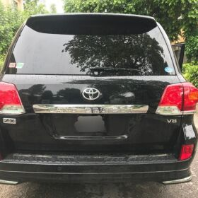 Toyota Land Cruiser 2013 ZX  V8 Black On Black for Sale