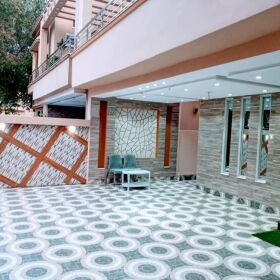 12 Marla Slightly Used House for Sale in Bahria Town Lahore
