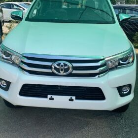 Toyota Hilux REVO Full Option V 2020 for Sale
