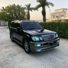 Toyota Land Cruiser Cygnus up for Sale Converted to Lexus LX470 2003 For Sale