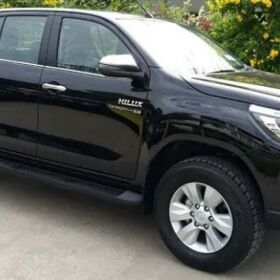 Toyota Hilux REVO V 3.0 for Sale in Faisalabad