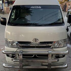 Toyota Hiace 200K GL FOR SALE