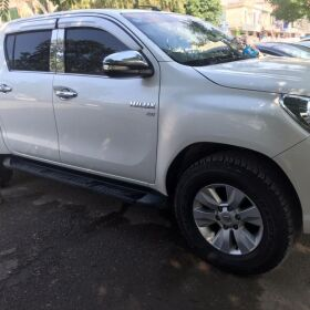 HILUX REVO 2015 FOR SALE