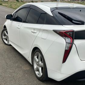 TOYOTA PRIUS 2017 FOR SALE