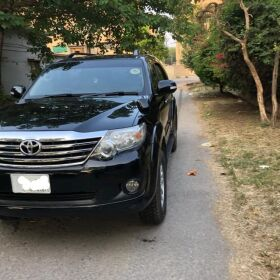 Toyota Fortuner 2.7 vvt 2015 for Sale