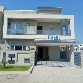 A BRAND NEW 10 MARLY  LUAXRY HOUSE  IN SECTOR D BAHRIA TOWN PHASE 8