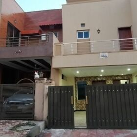 7 MARLA  BREND NEW HOUSE FOR SALE IN BAHRIA TOWN PHASE 8  RAWALPINDI