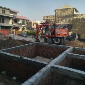 Zee assosiate and builder