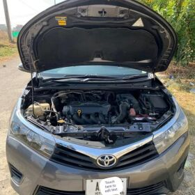 Toyota Corolla Gli Manual Transmission 2017 for Sale