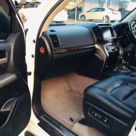 Toyota Land Cruiser ZX 2011 Full House for Sale