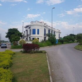 1 Kanal Luxury House for Sale in Main Boulevard DHA Phase 2 Islamabad