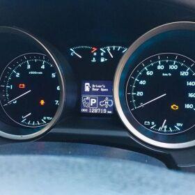 Toyota Land Cruiser ZX Full House 4.6P Model: 2011 for Sale