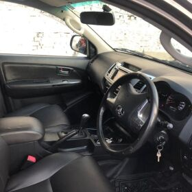 Toyota Hilux London Model 2014 for Sale