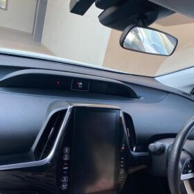 Toyota Prius PHV Model 2017 for Sale