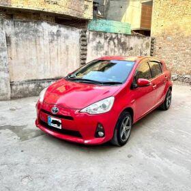 Toyota Aqua ( Prius C ) 2014 for Sale