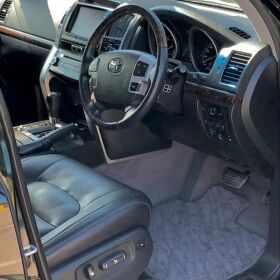 TOYOTA LAND CRUISER ZX Model 2013 FOR SALE