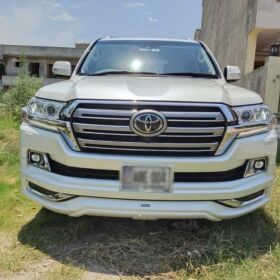 Toyota Land Cruiser ZX 2016 S Grade for Sale