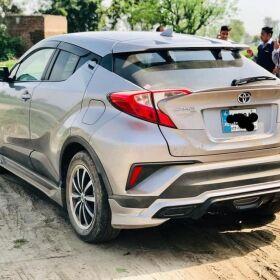 Toyota CH-R Hybrid model 2017 for Sale