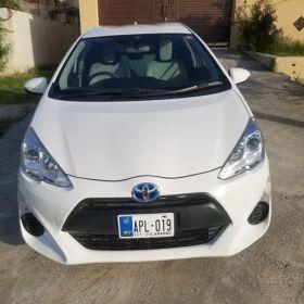 Toyota Aqua 2016 for Sale