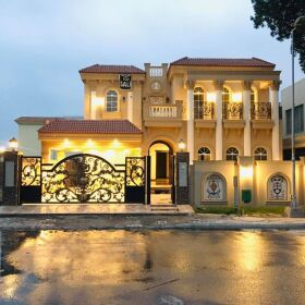 1 Kanal Spanish Brand New Semi Furnished House 𝐢𝐧 Bahria Town Lahore 𝐅𝐨𝐫 Sale